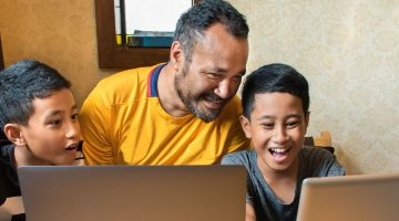 7 tips for parents and whānau - Netsafe – Online Safety Help