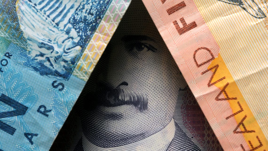 Picture of New Zealand bank notes